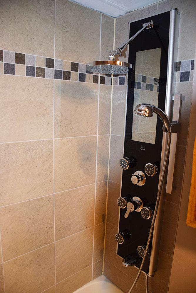 Casita - Shower